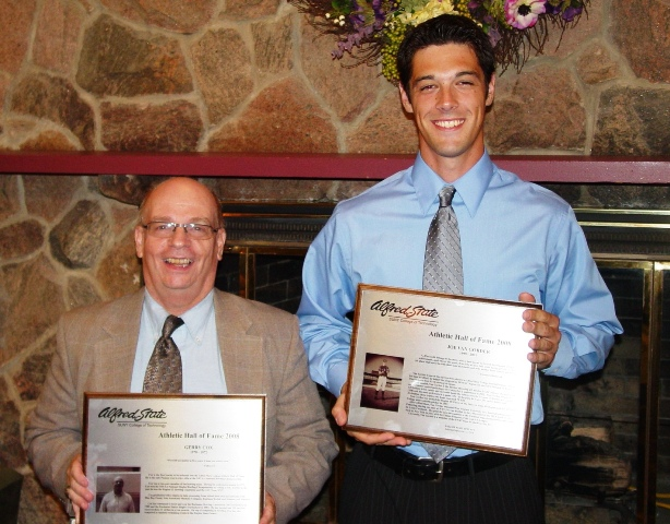 2008 Athletic Hall of Fame inductees l-r: Gerry Cox (bowling) and Joe Van Gorder (baseball)