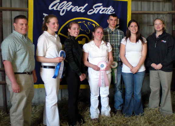 Alfred State College Showmanship Day 2009 judges and division winners