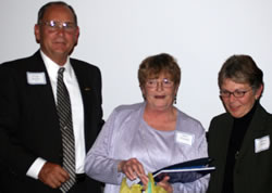 Barb Fletcher Receives Pioneer Award