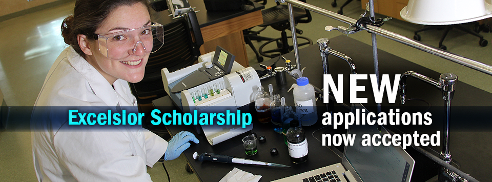 Excelsior Scholarship: New applications now accepted. Photo of forensic science major working in a lab.
