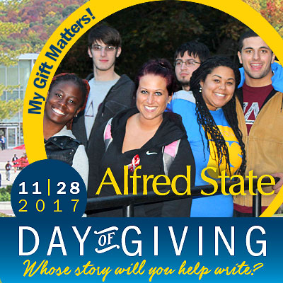 group of smiling students, my gift matters, 11-28-17, day of giving