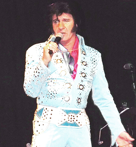 Elvis (as performed by bus driver Dave Weaver) appeared at Opening Remarks.